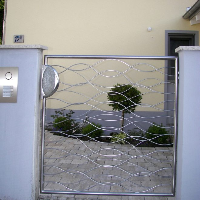 Edelstahl-Gartentüre